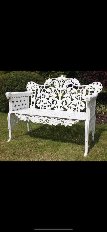 Decorative cast iron seat