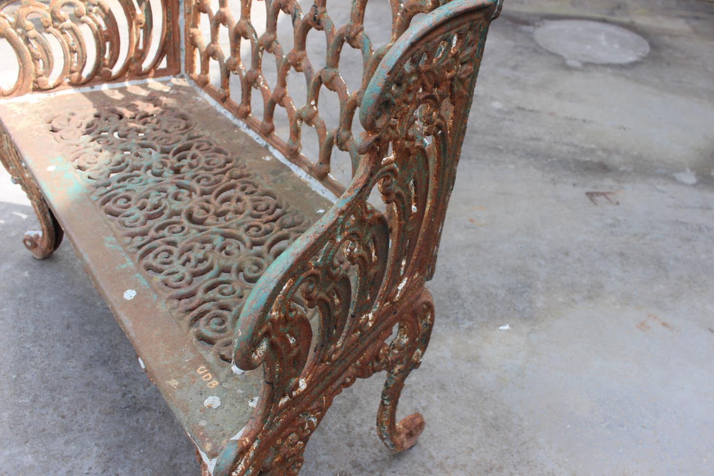 Cast iron bench - Image 3 of 6