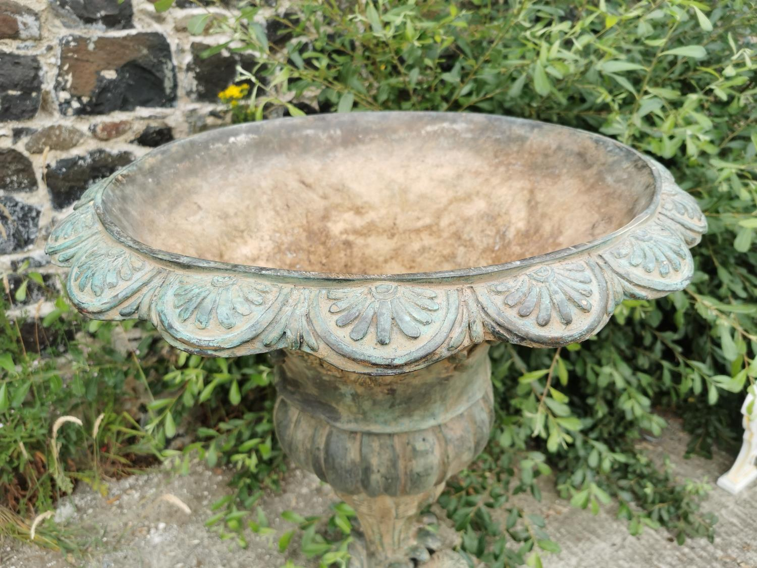 Good quality bronze fountain or planter. - Image 2 of 4