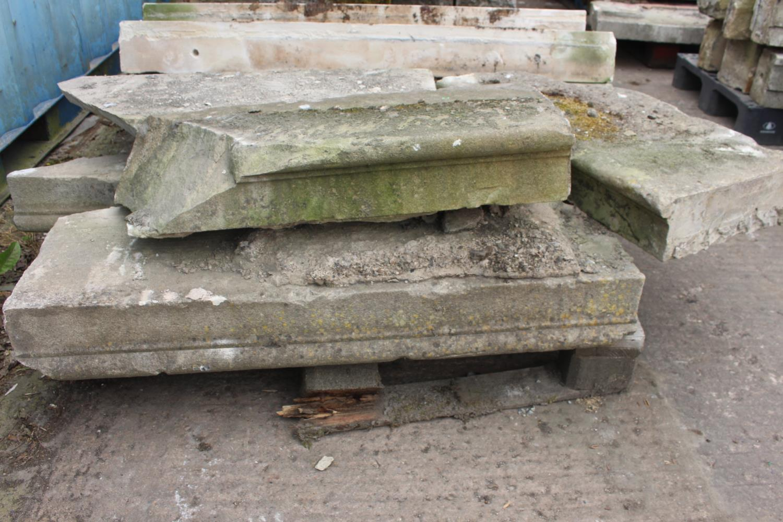 Pallet of five sandstone steps