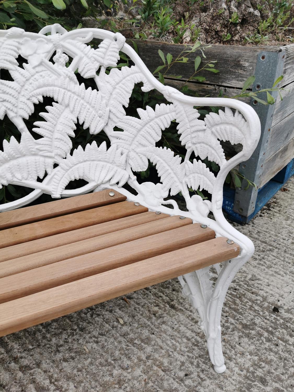 Decorative cast iron fern leaf garden bench. - Image 2 of 3