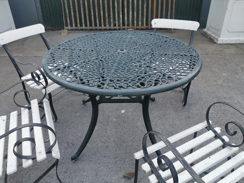 Decorative cast alloy garden table