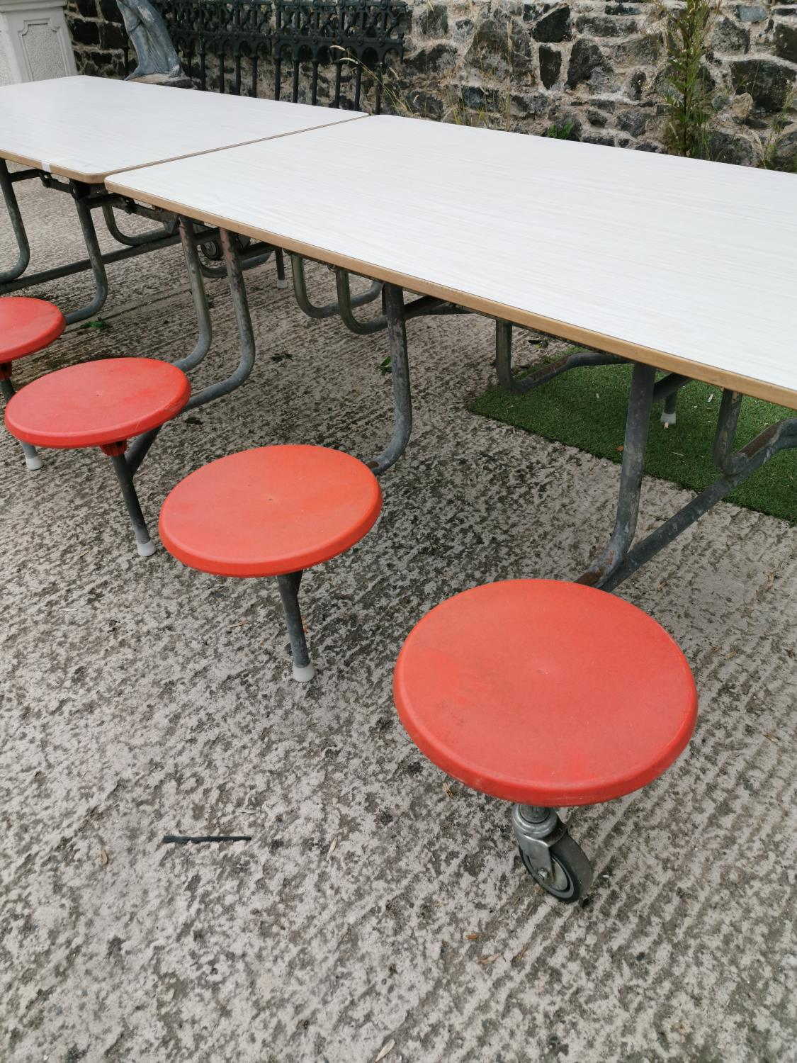 Retro folding garden table and seats. - Image 2 of 3