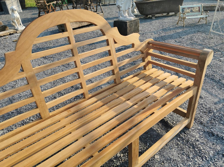 Good quality Lutyens style teak garden bench - Image 2 of 2