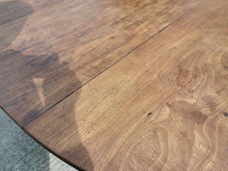Irish Georgian mahogany drop leaf table. - Image 5 of 5