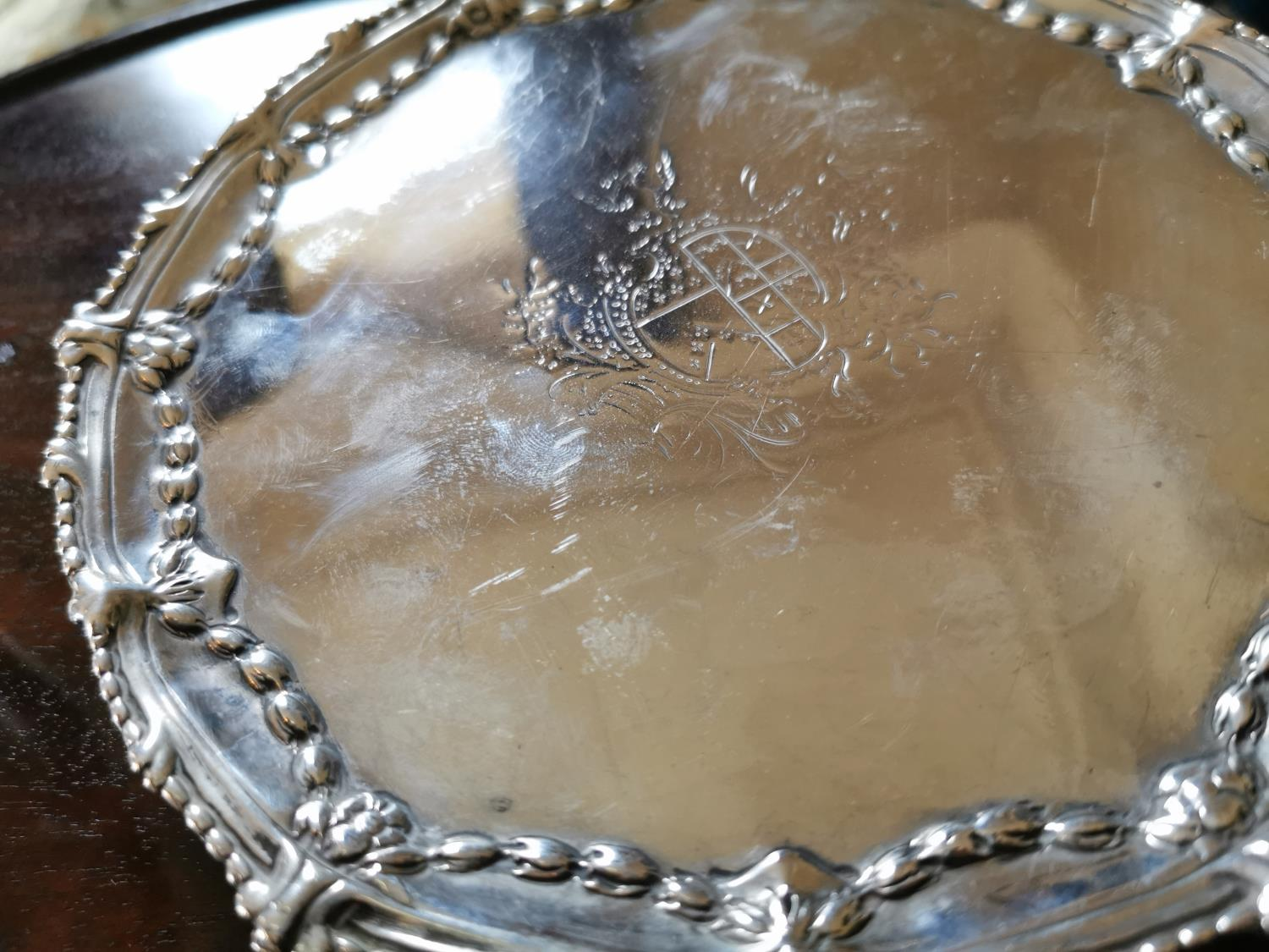 Pair of English silver dishes - Image 2 of 3