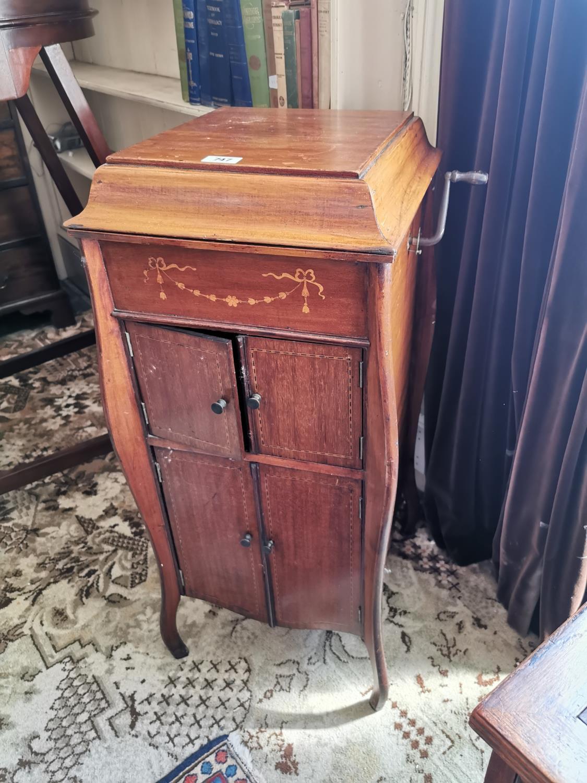 Edwardian inlaid mahogany cabinet gramophone - Image 2 of 2