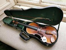 Skylark violin in case