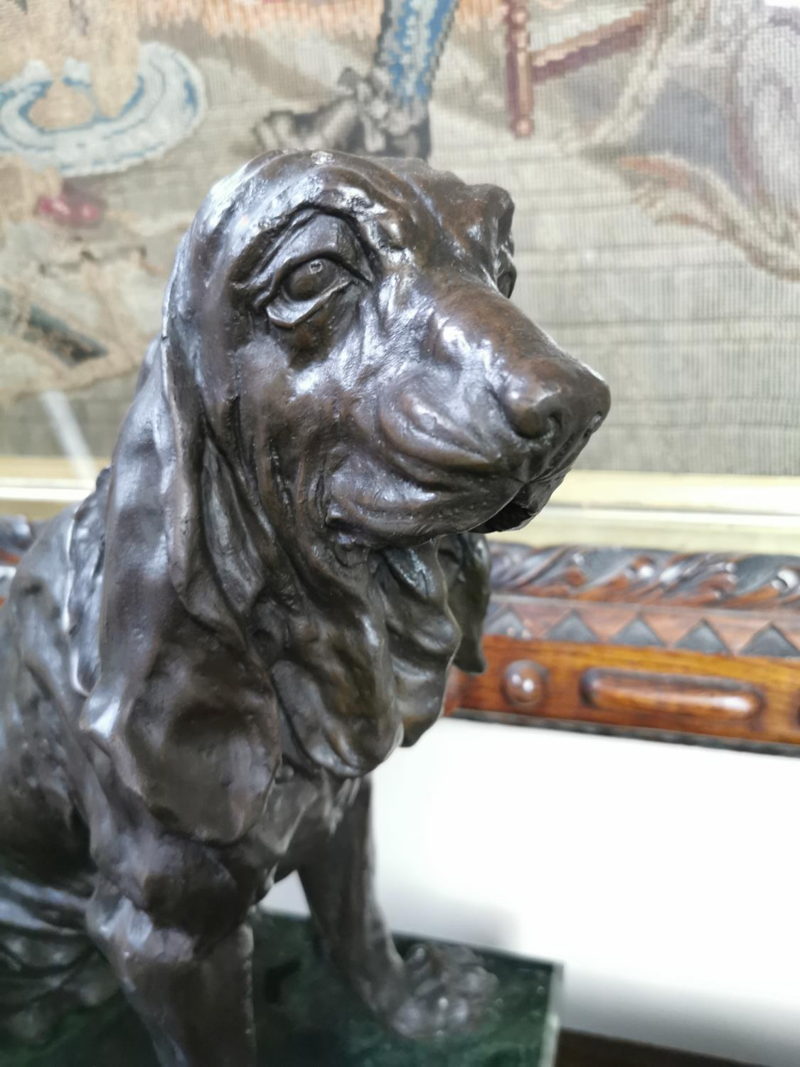 Bronze model of a seated dog - Image 2 of 3