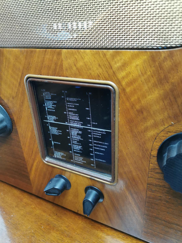 Art Deco rosewood veneered Murphy radio. - Image 2 of 2