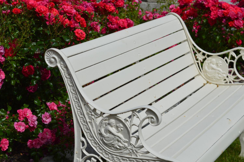 Garden bench - Image 2 of 3