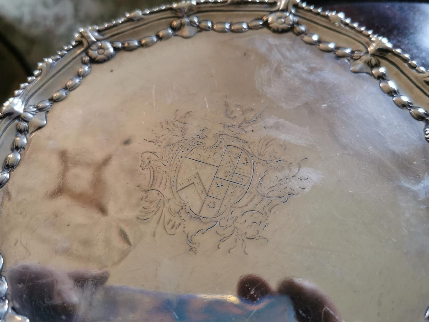 Pair of English silver dishes - Image 3 of 3