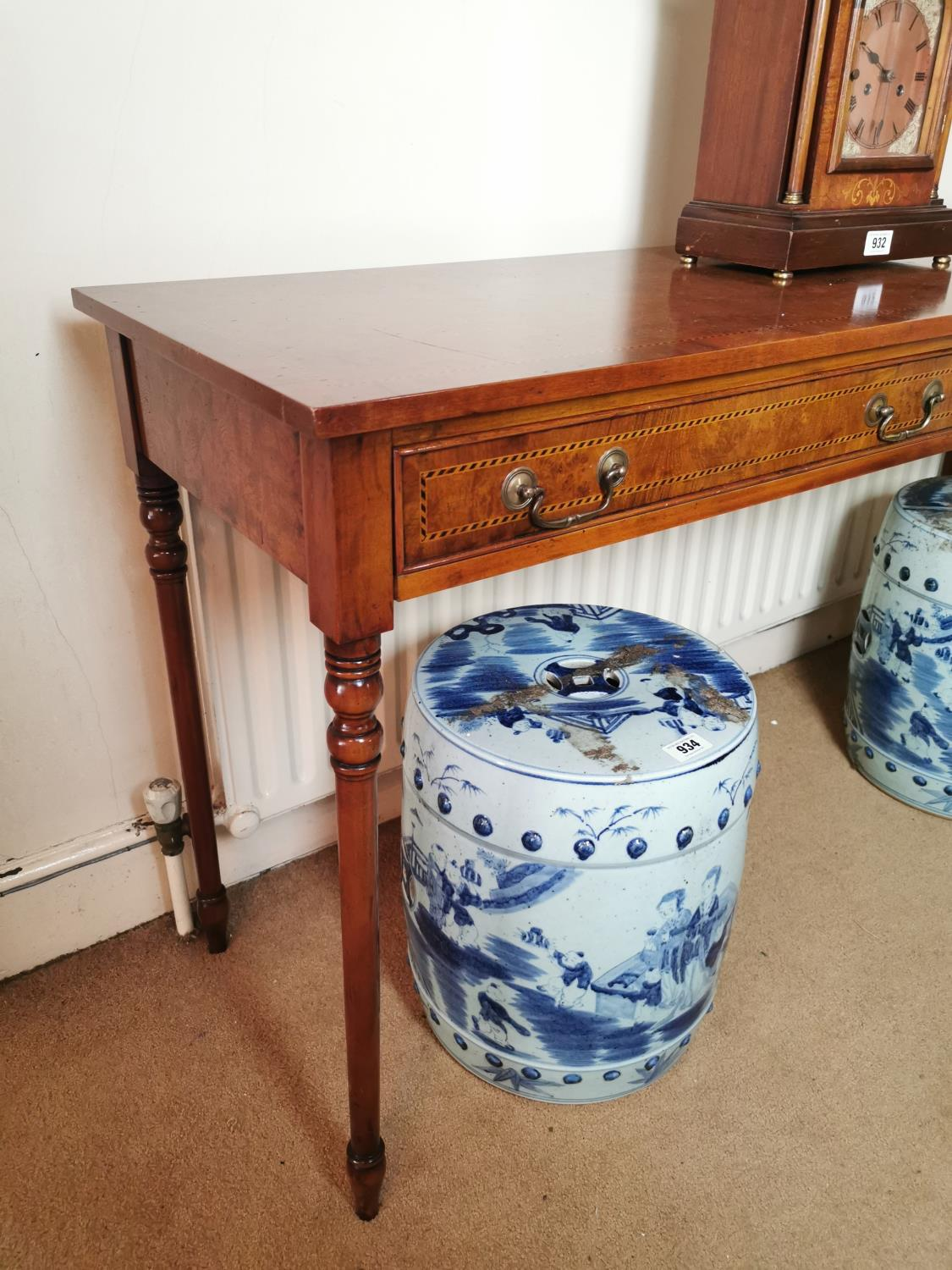 Burr walnut and inlaid satinwood side table. - Image 2 of 3
