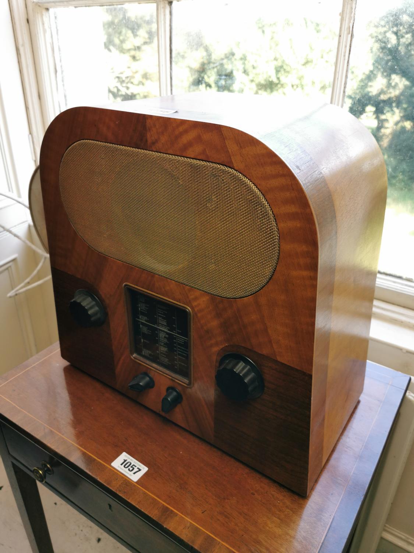 Art Deco rosewood veneered Murphy radio.