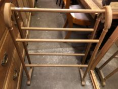 VICTORIAN GOTHIC STYLE TOWEL RAIL