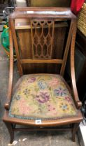 EDWARDIAN LINE INLAID DECORATIVE CHAIR WITH OUTSWEPT FORE LEGS