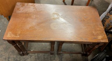 OAK COFFEE TABLE NEST OF TWO SMALLER TABLES (TOP WATER MARKED)