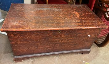 GOOD QUALITY VICTORIAN SCUMBLED PINE BLANKET TRUNK WITH CARRY HANDLES