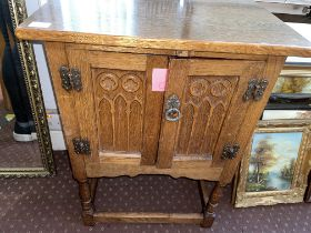 OAK LANCET FRONTED GOTHIC STYLE CABINET