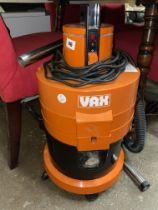 VAX TUB VACUUM CLEANER