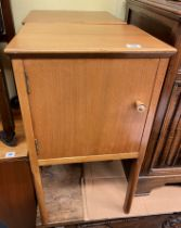 PAIR OF AC 1950S LIGHT WOOD BEDSIDE CABINETS