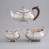 George III Silver Tea Service, Solomon Royes & John East Dix, London, 1818/19, teapot height 6 in —