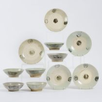 A Group of Eleven Swatow Blue and White Bowls and Dishes, 17th Century, 明 十七世纪 漳州窑青花碗盘一组七件, largest
