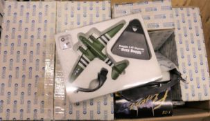 11x model aircraft etc by Atlas Editions (Military Giants of the Sky series etc) and Maisto.