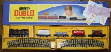 2 3-rail Hornby Dublo Train Sets. An EDG17 0-6-2 Tank Goods Train. Comprising a BR class N2 0-6-2T