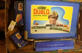 A quantity of Hornby Dublo for 3-rail running. Including 2x BR locomotives; Class 4MT 2-6-4T, 80054.