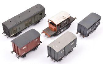 5x O gauge kit built/adapted Southern related freight wagons/vans. An SR Guard's van. An SR parcel