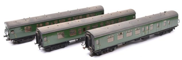 3x O gauge Southern Railway corridor coaches by Lima, re-bogied and with additional detailing. A