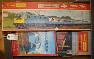 3x Tri-ang Hornby Train Sets. One complete set- The Blue Pullman (RS.52). Comprising 3 car DMU