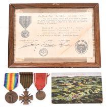 France: WWI war medals: 1914-1918 Victory medal, 1914-1918 Croix de Guerre and medal for Verdun;