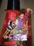 Quantity of dolls to include Barbie and a Fashion Studio part set for dolls.