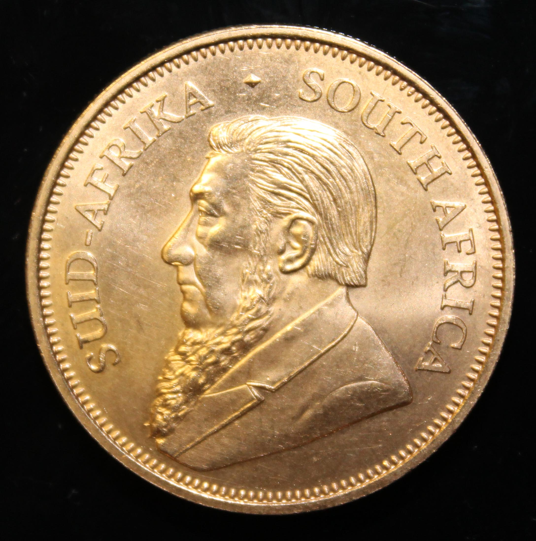 South Africa, 2017 Krugerrand, 1 oz. fine gold (91.67%) ONLY 10% BUYER'S PREMIUM (INCLUSIVE OF