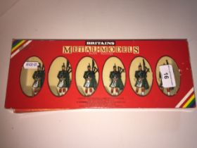 Six Brittain's models Mo.7242 Gordan Highlander Pipers (slight damage to one bagpipe)