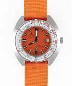 A GENTLEMAN'S STAINLESS STEEL DOXA SUB 300T PROFESSIONAL SYNCHRON DIVERS WRIST WATCH CIRCA 1970s