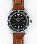 A GENTLEMAN'S STAINLESS STEEL HEUER 200 METRES PROFESSIONEL AUTOMATIC DIVERS WRIST WATCH CIRCA