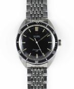 A GENTLEMAN'S STAINLESS STEEL OMEGA SEAMASTER 120 AUTOMATIC DIVERS BRACELET WATCH CIRCA 1968, REF.