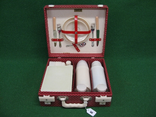 1950's/1960's Brexton picnic case for two in red, containing Brexton Thermos and Bamdalasta