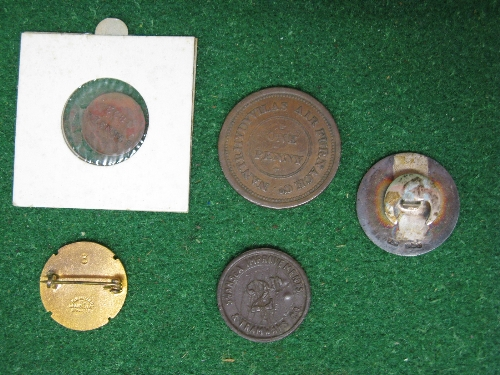 Five Welsh transport and travel related badges and token to comprise: 19th century one Penny 1813 - Image 2 of 2