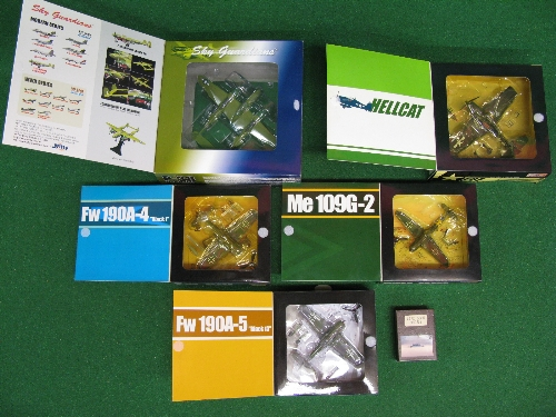 Five boxed 1:72 scale diecast propeller plane models to comprise: Hellcat, Lightning, two FW190