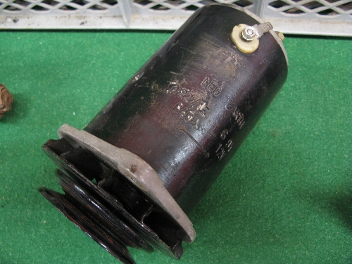 Six dynamo's and three starter motors (condition unknown) Please note descriptions are not condition - Image 2 of 2