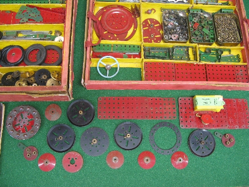 1950 boxed Meccano Set No. 9 with instructions for Outfit 9 and possibly a few extra parts (parts in - Image 5 of 5