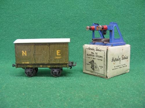 Mid 1930's Bassett-Lowke O gauge tinplate four wheel 12 ton covered goods van No. 13897 in NE