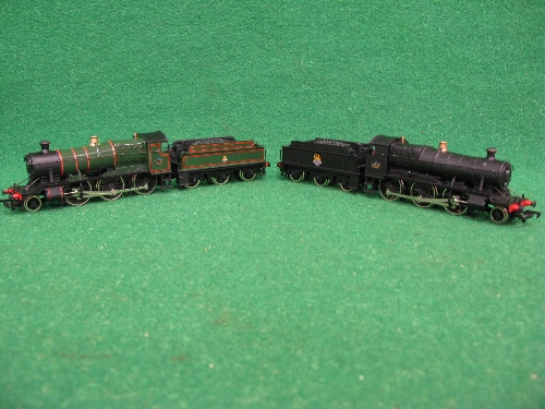 Two 1980's Mainline OO 43XX 2-6-0 tender locomotives No. 5328 in early BR black and No. 4358 in - Image 4 of 4
