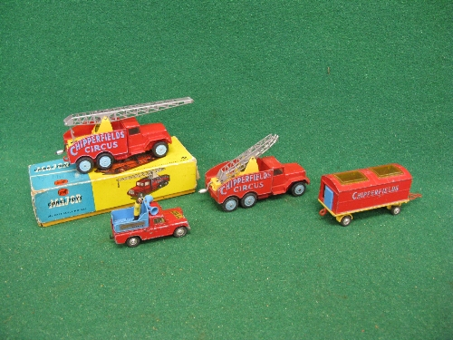 1960's Corgi Chipperfields Circus items to comprise: crane truck (missing hook) in rough 1121 lidded - Image 2 of 2