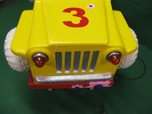 240 volt coin operated fibreglass childs Rough Rider jeep ride in yellow and red with flashing - Image 2 of 3