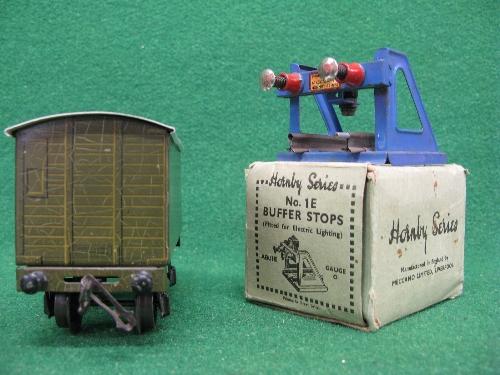 Mid 1930's Bassett-Lowke O gauge tinplate four wheel 12 ton covered goods van No. 13897 in NE - Image 2 of 5